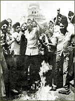 Sikhs protesting against anti-Sikh riots